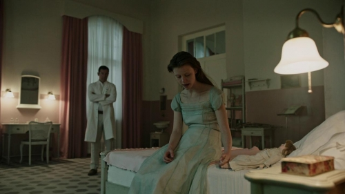 A Cure For Wellness 037