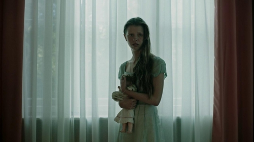 A Cure For Wellness 038
