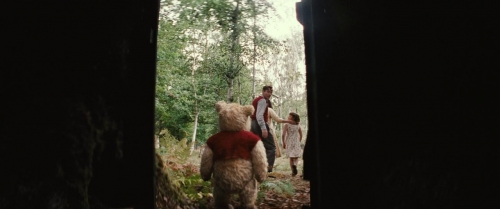 Christopher Robin 043