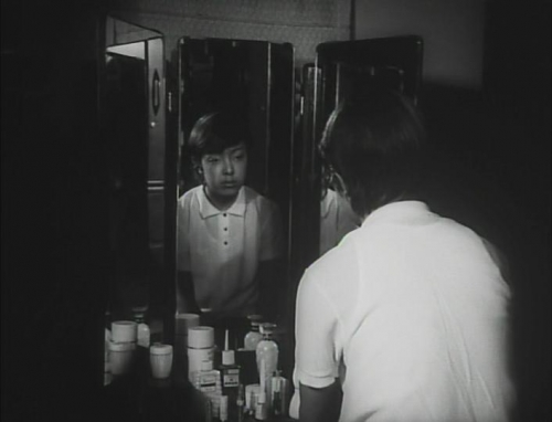 Funeral Parade of Roses 028