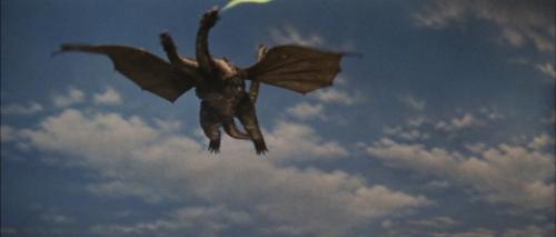Ghidorah the Three Headed Monster 050
