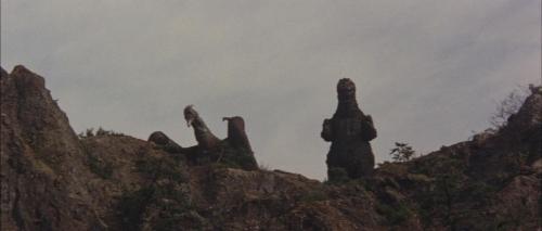 Ghidorah the Three Headed Monster 064