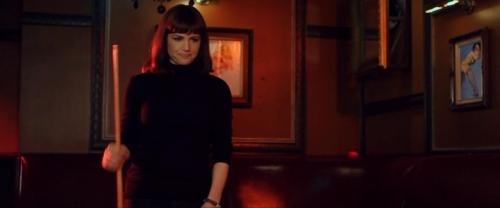 Girl Walks into a Bar 032