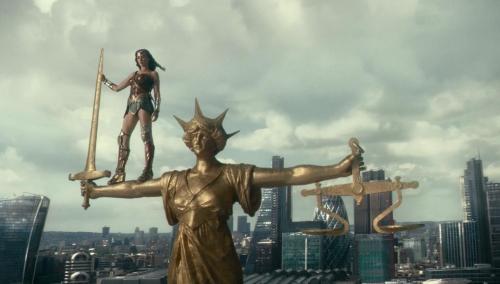 Justice League 008