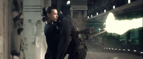 Resident Evil Afterlife 008