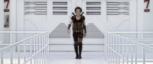 Resident Evil Afterlife 054