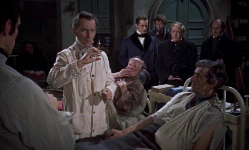Revenge of Frankenstein 015