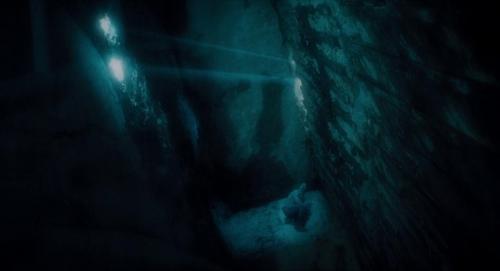 Submergence 050