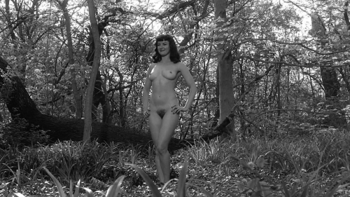 The Notorious Bettie Page 022