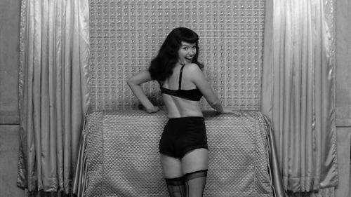 The Notorious Bettie Page 028