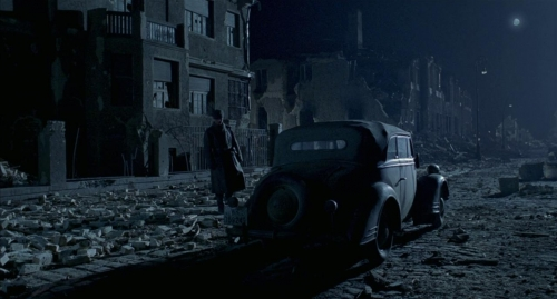 The Pianist 057