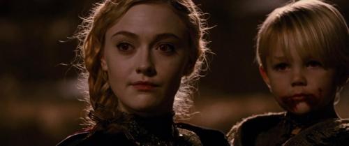Twilight Breaking Dawn Part 2 030