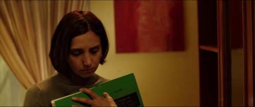 Under The Shadow 006