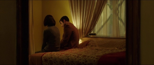 Under The Shadow 007