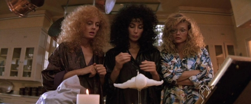 Witches of Eastwick 053